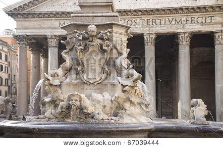 Fountain And The Pantheon In The Square Rotonda (architect Giacomo Della Porta). Rome