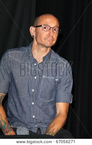 LOS ANGELES - JUN 18:  Chester Bennington at the Linkin Park Rockwalk Inducting Ceremony at the Guitar Center on June 18, 2014 in Los Angeles, CA