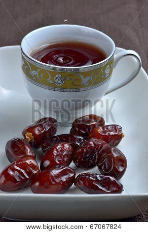 Arabian snack, date with black tea