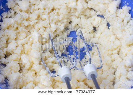 Mixer beat the dough