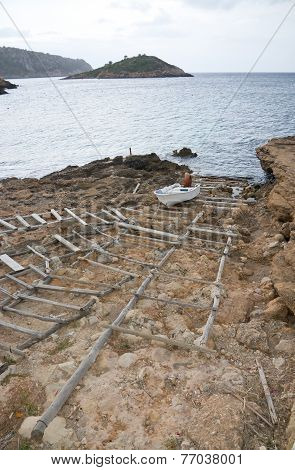 Wood boat launch structure