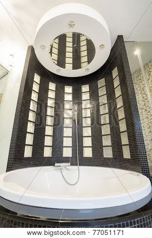 Cristal Bathtub With Shower
