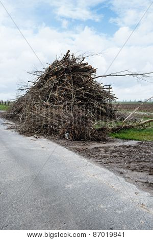 Heap With A Lot Of Pruned Branches