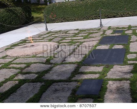 Cementerio Nacional de Arlington Kennedy sepulcro 2004