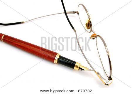 Caneta e óculos #4