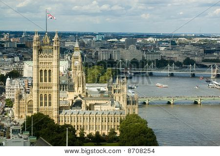 Palace of Westminster seen from above