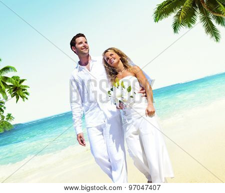 Honeymoon Couple Romantic Walking Summer Beach Concept