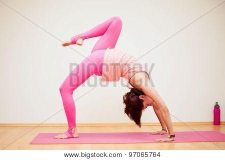 Backbend With Raised Leg Yoga Pose