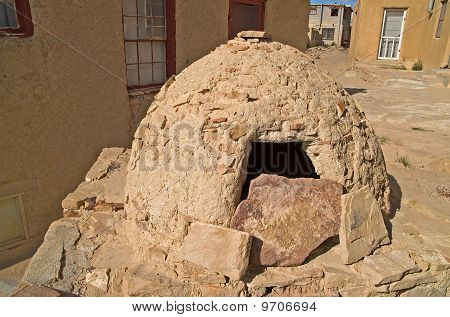 Native American Outdoor Oven