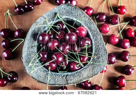 Cherries in a bowl.