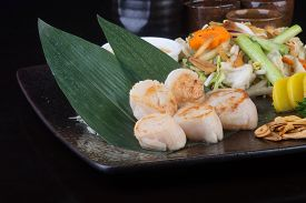 picture of shell-fishes  - japanese cuisine - JPG