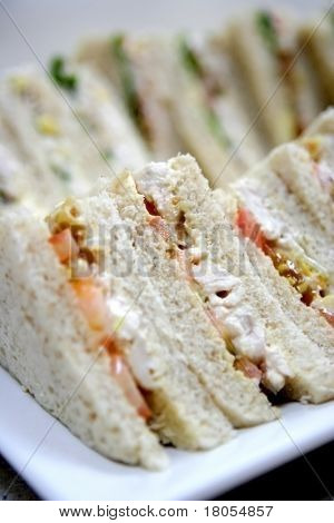Easy, healthy and cheerful. A plateful of sandwiches.