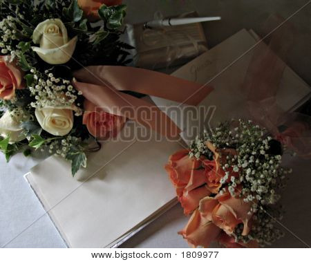 Two_Bouquet Guestbook