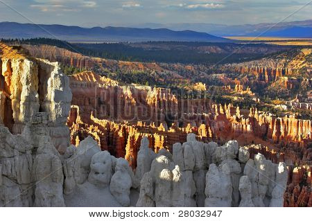 The well-known white rocks in Bryce canyon in state of Utah USA