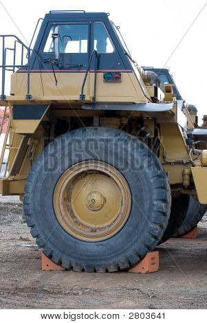 Dump Truck With Large Tire