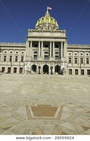 Pennsylvania State Hauptstadt Building und staatliche Siegel in harrisburg
