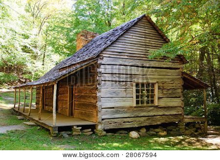 Roaring Fork Motor Nature Trail historic house