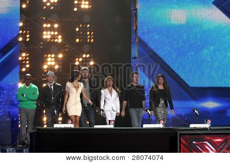 LOS ANGELES - DEC 19:  Finalists and Judges at the FOX's