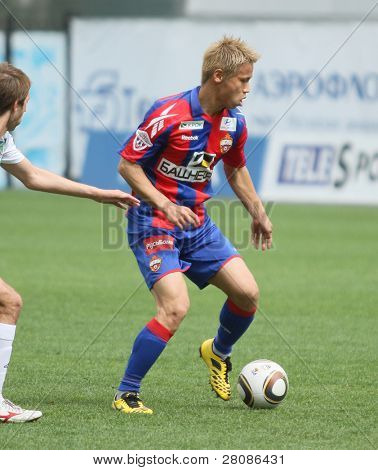 MOSCOW - MAY 10: CSKA's Keisuke Honda in action during their team's Russian football championship game CSKA (Moscow) vs. Terek (Grozny) - (4:1), May 10, 2010 in Moscow, Russia.