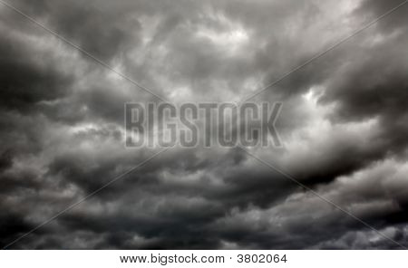 Storm Horizontal
