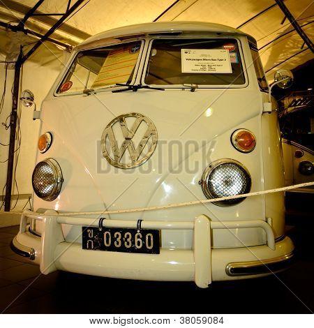 Volkswagen Micro Bus Type 2