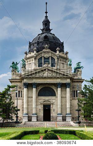 Baños Szechenyi edificio, Budapest