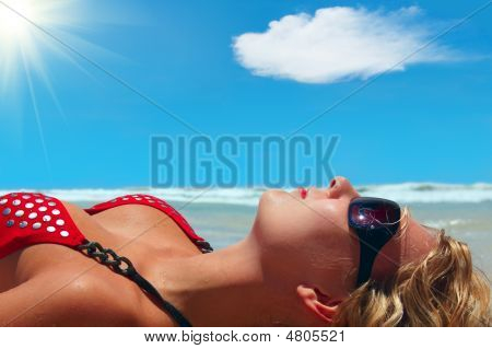 Perfect Holidays. Girl Is Lying On The Sun