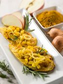picture of indian apple  - escalope with apple onions and curry - JPG