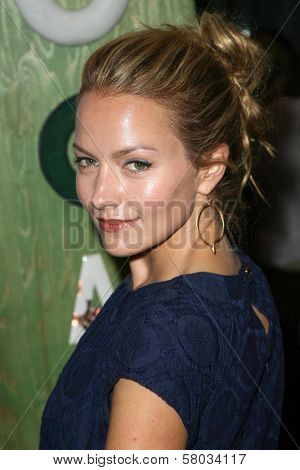 Becki Newton  at the Rogan For Target Debut at Barneys New York. Barneys New York, Beverly Hills, CA. 05-15-08