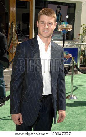 Benjamin McKenzie  at the World Premiere of