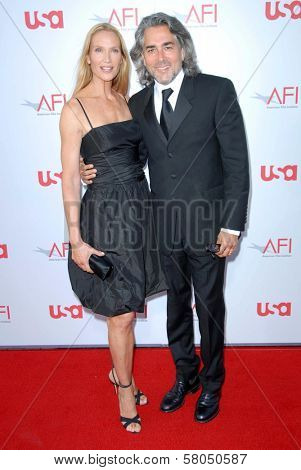 Kelly Lynch and Mitch Glazer  at the 36th AFI Lifetime Achievement Award Tribute To Warren Beatty. Kodak Theatre, Hollywood, CA. 06-12-08