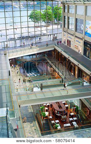 Marina Bay Store