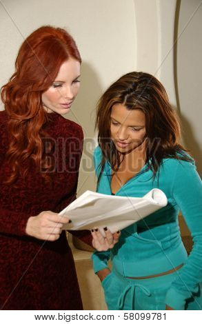 Phoebe Price and Vida Guerra  on the set of