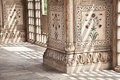image of khas  - Ethnic floral ornament on the marble columns in Red Fort Old Delhi India - JPG