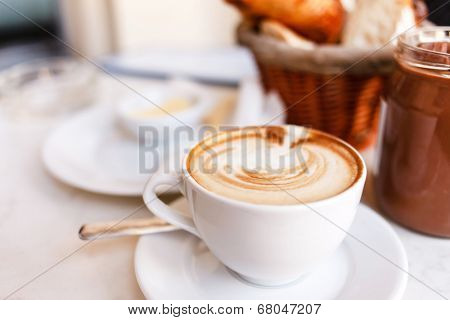 cappuccino with croissants