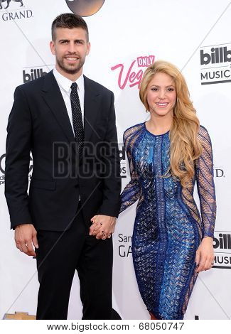 LAS VEGAS - MAY 18:  Shakira & Gerard Pique arrives to the Billboard Music Awards 2014  on May 18, 2014 in Las Vegas, NY