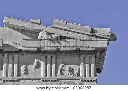 Parthenon west pediment detail horse head