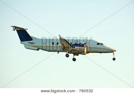 Light charter turboprop