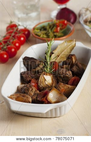 greek stifado meat