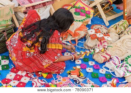 Handmade Jute Dolls , Indian Handicrafts Fair At Kolkata