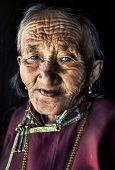 pic of mongolian  - Mongolian woman in traditional dress - JPG