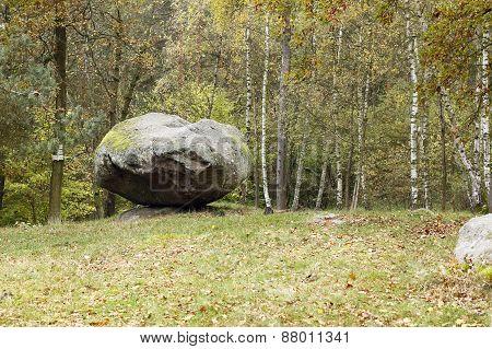 Balanced Boulder Pulpit