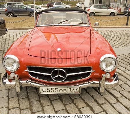 Retro Mercedes Benz