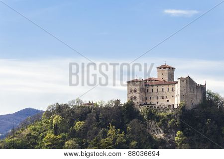 Rocca Borromeo fortress at Angera on lake maggiore, Italy