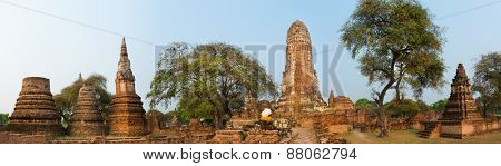 Wat Phra Ram. Ayutthaya historical park. Panorama