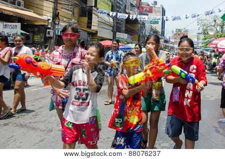 Songkran Kids