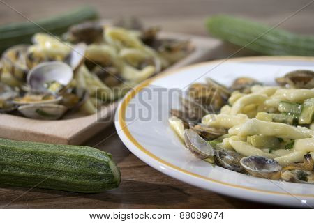 Pasta Clams And Zucchini