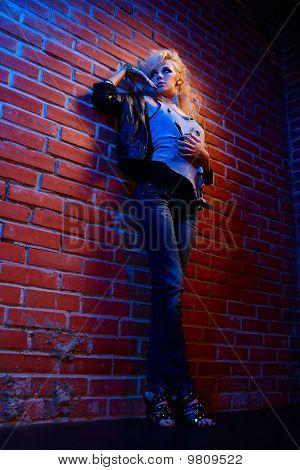 blonde Mädchen Glam rocker