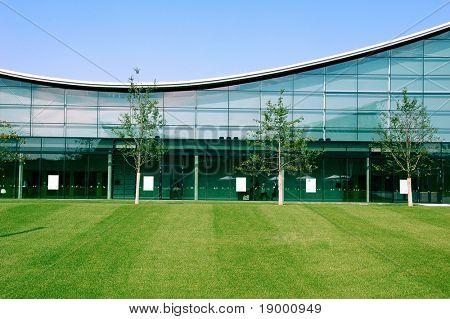 Moderne Industriegebäude