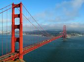 foto of golden gate bridge  - the golden gate bridge in san francisco as the evening fog begins to roll in - JPG